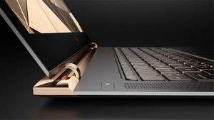 За красивым ноутбуком всегда приятнее работать!